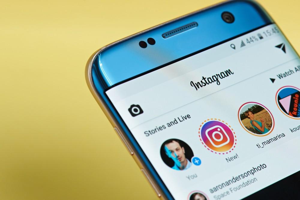Instagram Bans Plastic Surgery App